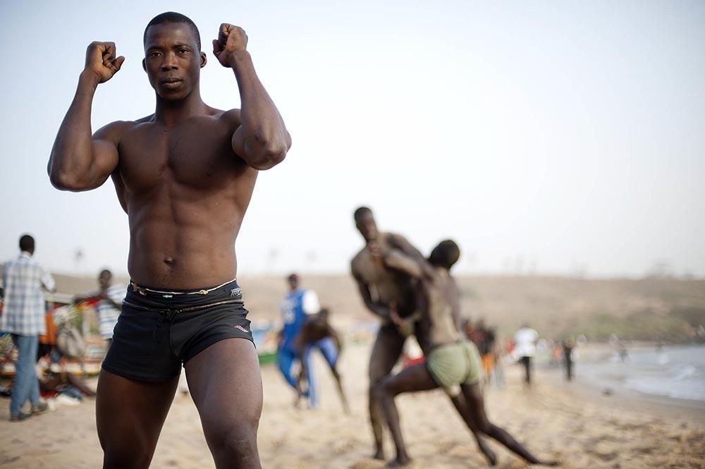 Other sports bernard testemale photo for Interieur sport lutte senegalaise